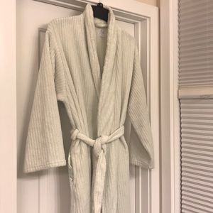 Terry cloth full length women's robe with pockets